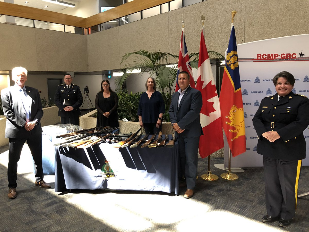 test Twitter Media - Proud to join my colleague, Minister of Justice @CliffCullen4MLA to announce the results of our $1.9M investment in @rcmpmb Crime Reduction Support Teams - 43 people charged, $76K seized, and 20 stolen vehicles recovered. Thanks for everything you do to keep Manitobans safe! https://t.co/FfkHBCWpKD