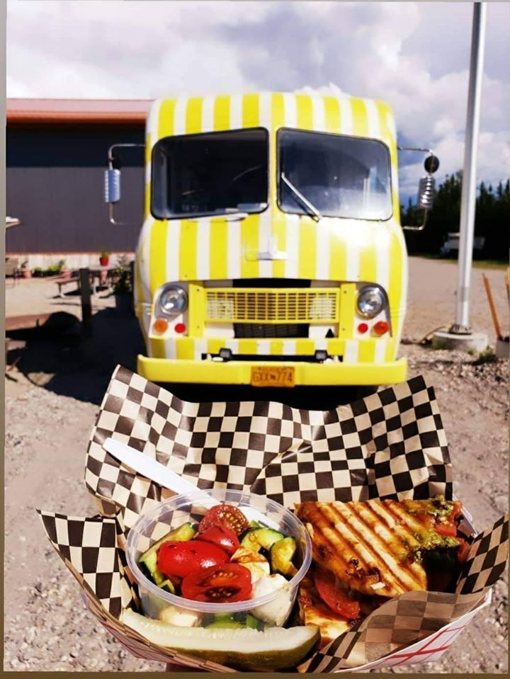 @AlexMHoward A6 Fairbanks roads & streets have a food truck that fills the bill and your tummy. German, Thai, Tacos, Bar-B-Q, Middle Eastern, cheesesteaks, Mexican, pizza, Greek, bakeries, ShaveIce & more. Road trip with Fairbanks food trucks is a trip around the world! #TravelAlaskaChat