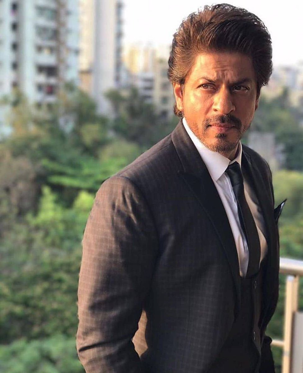 #ShahRukhKhan is the definition of dapper.