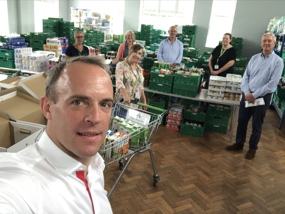 Great to join Jenny French and her formidable team of local East Elmbridge Foodbank volunteers, alongside @SCCLeader Tim Oliver, in their new Molesey base. They're doing an amazing job supporting the vulnerable during COVID.