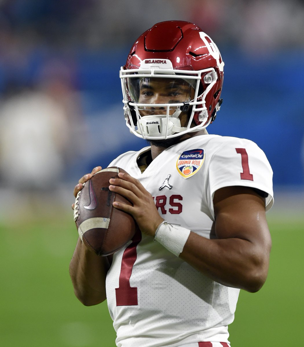 Happy Birthday to Kyler Murray and Jalen Hurts🎂🏈  2018: Kyler Murray - 94.6 (1st) 2019: Jalen Hurts - 91.8 (2nd)