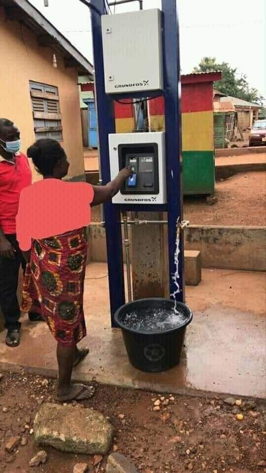 Ghana goes digital with Water ATM card access at Abomosu in Eastern region. All you need is to just load the card with ur mobile money🇬🇭👏🏼