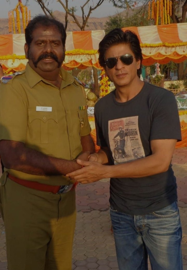 #7YrsOfChennaiExpress  Extremely Proud to have worked with @iamsrk Sir , Director Rohit Shetty Sir, Sathyaraj Sir & @deepikapadukone Ma' humblest gratitude to the entire team & looking forward to work more. My first entry into Bollywood...