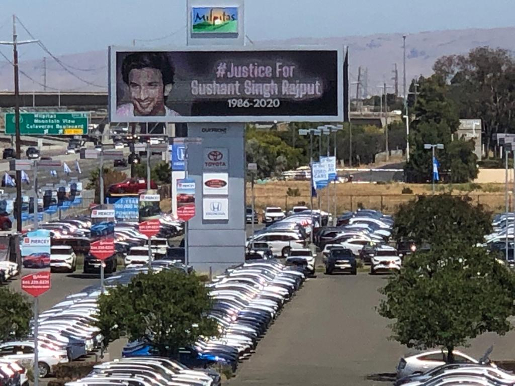 This billboard of Sushant is in Northern California USA. Across the world they even want JUSTICE ! We will not rest until we find Sushant's murderer and put them behind bars where they belong. #SushantWasKilled #worldforsushant This is for Sushant & his legacy. Om Shanti 🙏🇮🇳🕉️