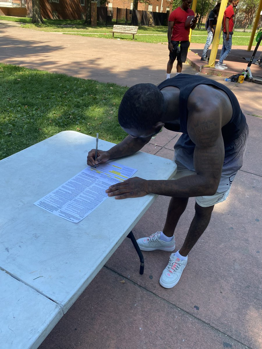 In my hood registering my peoples to vote and educating them on @realDonaldTrump policies #BlackVoicesforTrump #LeadRight #MAGA #Trump202