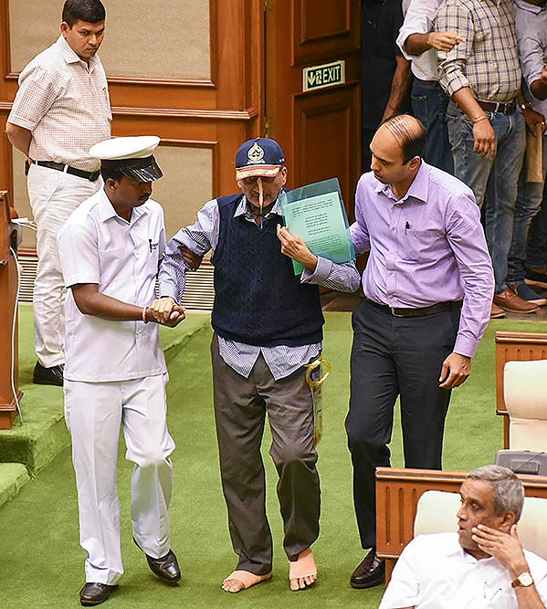 Remembering former Defence Minister Manohar Parrikar today  - Rafale deal - S-400 deal  And, saved Rs 49,300 Crore taxpayers' money.