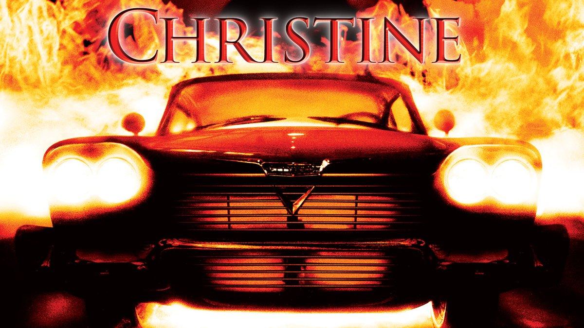 ◤その車は、意志を持って復讐する🚗 ◢  スティーヴン・キング原作のホラー⚡  いじめられっ子のアーニーは、貯金をはたいてボロボロのプリムス・フューリーを購入し、クリスティーンと名付ける。  ところがその車は人間を襲う、恐怖の殺人マシーンだった⁉️  『#クリスティーン』配信中!#ネトフリ