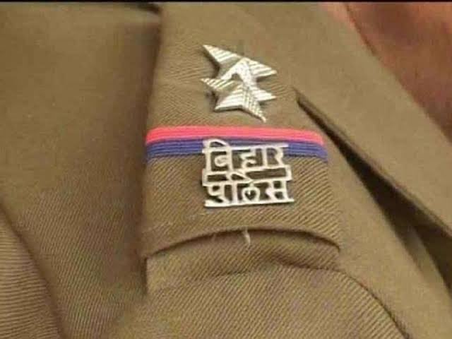 . @DGPMaharashtra not came to any conclusion after 45 days of #SushantDeathMystery  Many suicides happened in past and nothing came out. For a fair investigation this case should be handed over to #CBI Meanwhile Bihar Police has initiated an enquiry after FIR #ThankyouBiharPolice