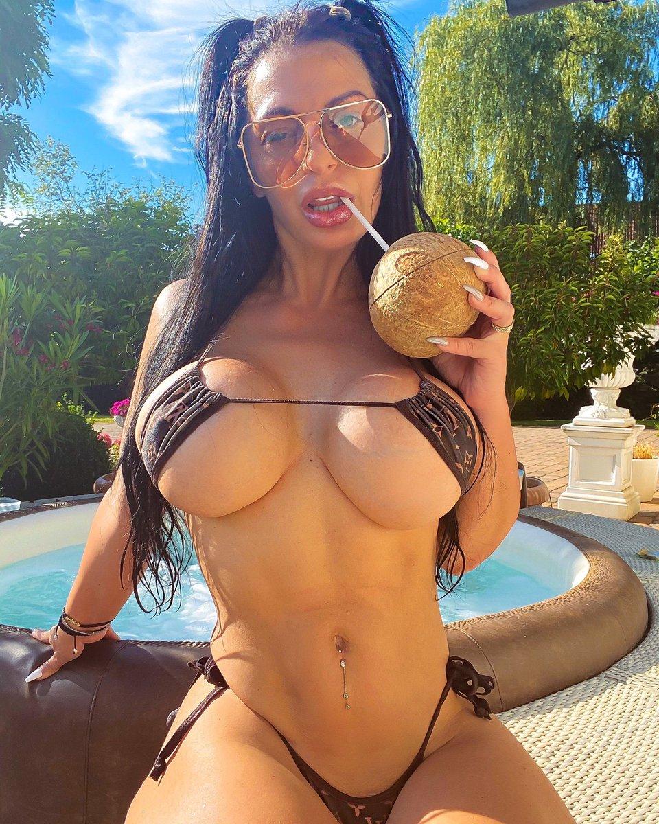 Do you like my coconuts ? 🥥 🌴