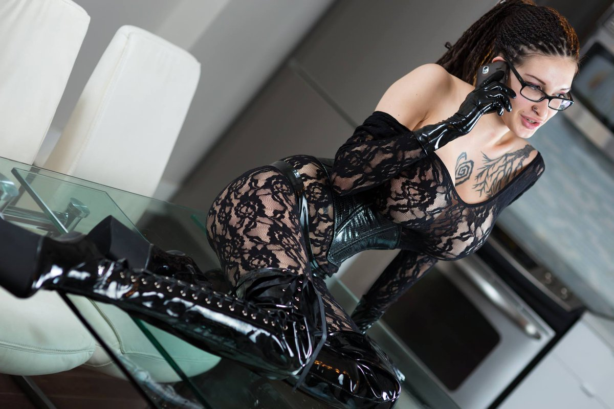 I'll be waiting for your call..  /   #glam #biglips #bigtits #hugetits #bigboobs #sideboobs #glamour #glamourmodel #perfect #humanhentai #nylon  #beautiful #corset #glamour_photoshoot #lace #pinup #thighhighboots