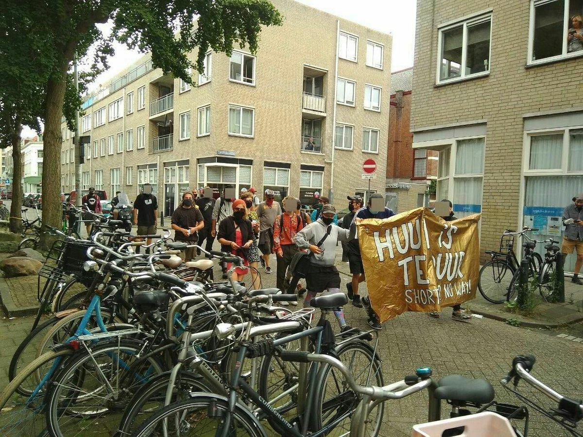 test Twitter Media - RT @woonopstand070: Spontane demonstratie in het Haagse Zeeheldenkwartier, een toonvoorbeeld van gentrificatie https://t.co/zFbeZ9vXir