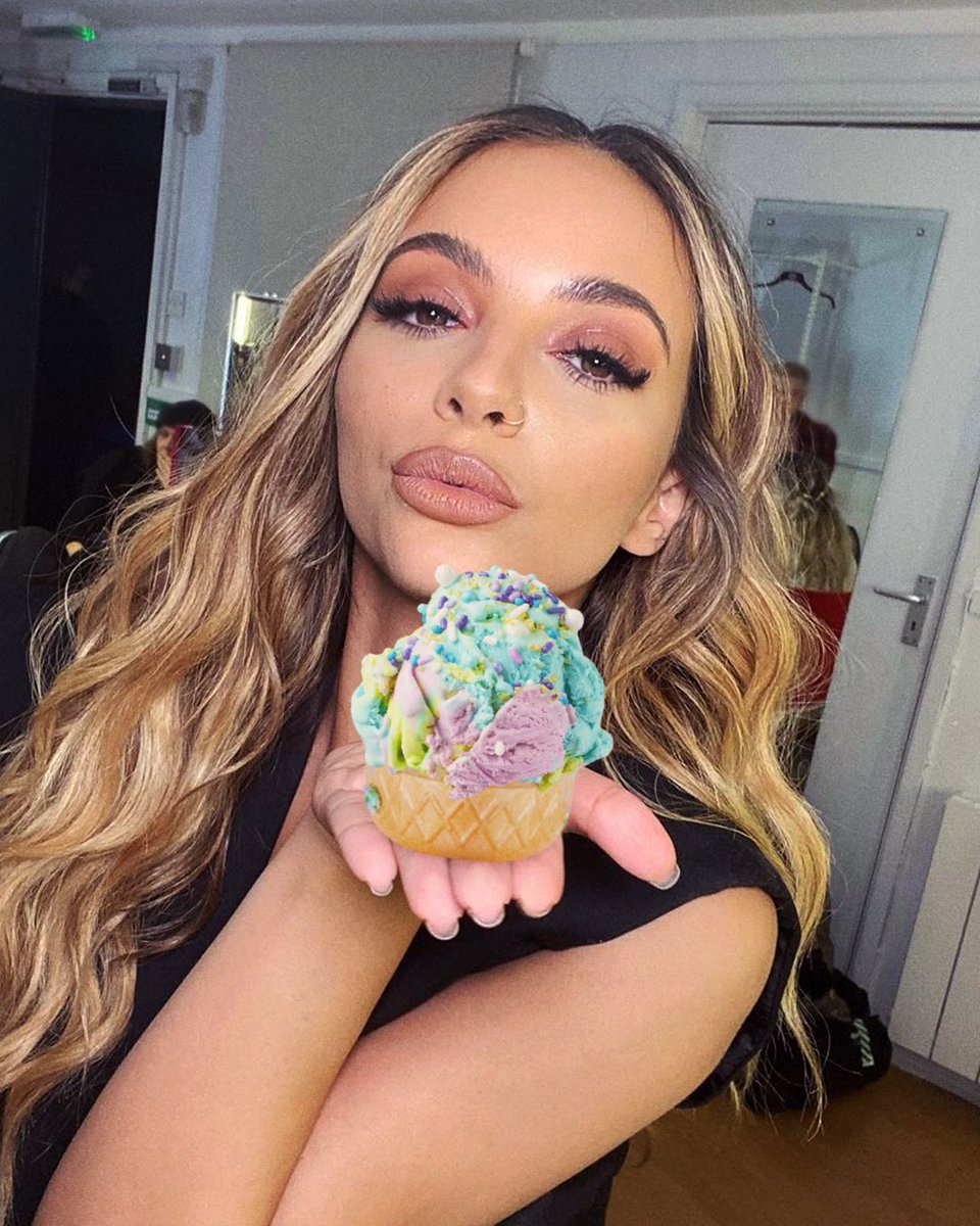 Now it's time for some ice cream... 🧜🏼♀️ style Get your favourite flavour, some sprinkles and syrups, and share your mermaid inspired creations using #LMHoliday Massive bonus points for anyone who can get an ice cream van to play Holiday!! 🤪