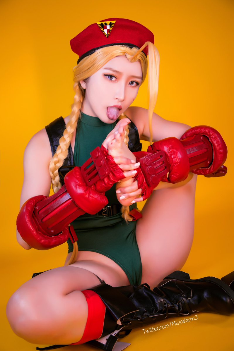 Hit likes & RT my Feet lovers 😜  First Cammy Cosplay HD Preview for you today to start August with a bright mode!  Support and get more in Tier 30:  🍎🍏  #StreetFighter #CammyWhite #CammyCosplay #feetfetish
