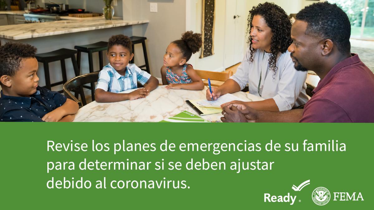 Consejos de preparación para el huracán #Isaías:  ⛽ Llene su tanque de gasolina 🏧 Tenga efectivo 📲 Descargue la aplicación de FEMA para recibir alertas y avisos 👨👩👦 Repase el plan de comunicación de emergencia con su familia  Más en: