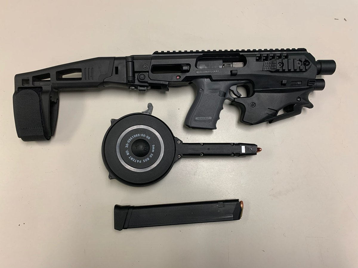The 15th District Officers last night responded to a Shotspotter alert of multiple shots fired near the 400 block of south Laramie. Tact Team 1569 responded to the area leading to an arrest and recovery of a high capacity weapon.
