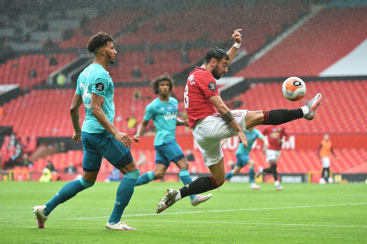 Sentuhan brilian 🤯  #MUFC @B_Fernandes8