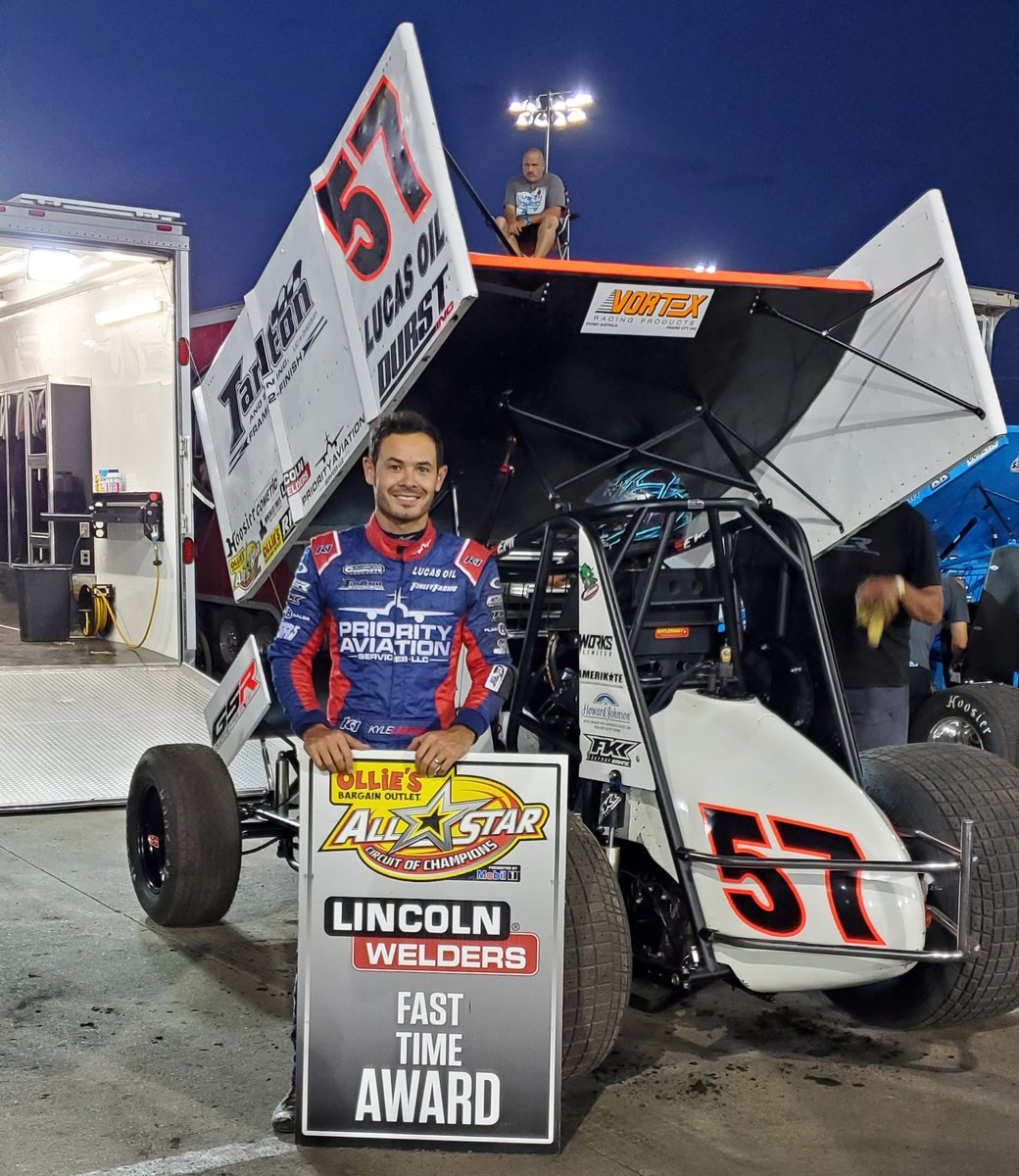 Kyle Larson earns the @LincolnElectric Fast Time Award at @knoxvilleraces with a lap time of 15.216! #OlliesAllStars