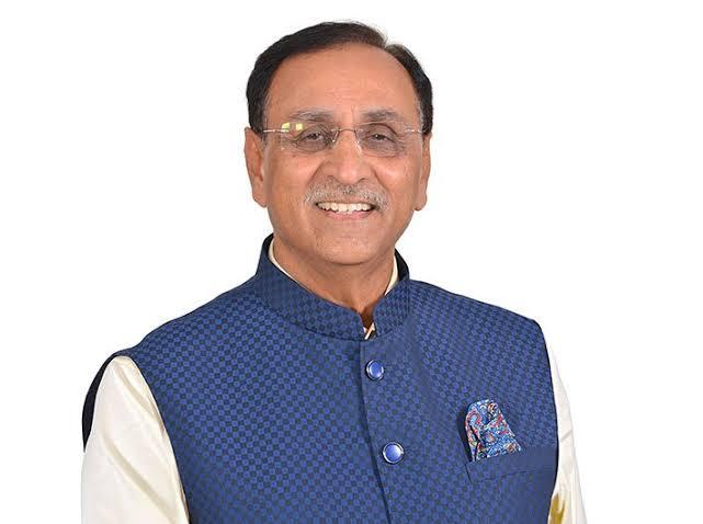 गुजरात के मुख्यमंत्री श्री विजय रुपाणी जी को उनके जन्मदिवस की हार्दिक बधाई एवं शुभकामनाएं। ईश्वर से प्रार्थना है कि आप दीर्घायु हों व आपका जीवन सुख एवं समृद्धि से परिपूर्ण रहे। मुझे विश्वास है आपके नेतृत्व में गुजरात विकास के पथ पर लगातार अग्रसर रहेगा। @vijayrupanibjp