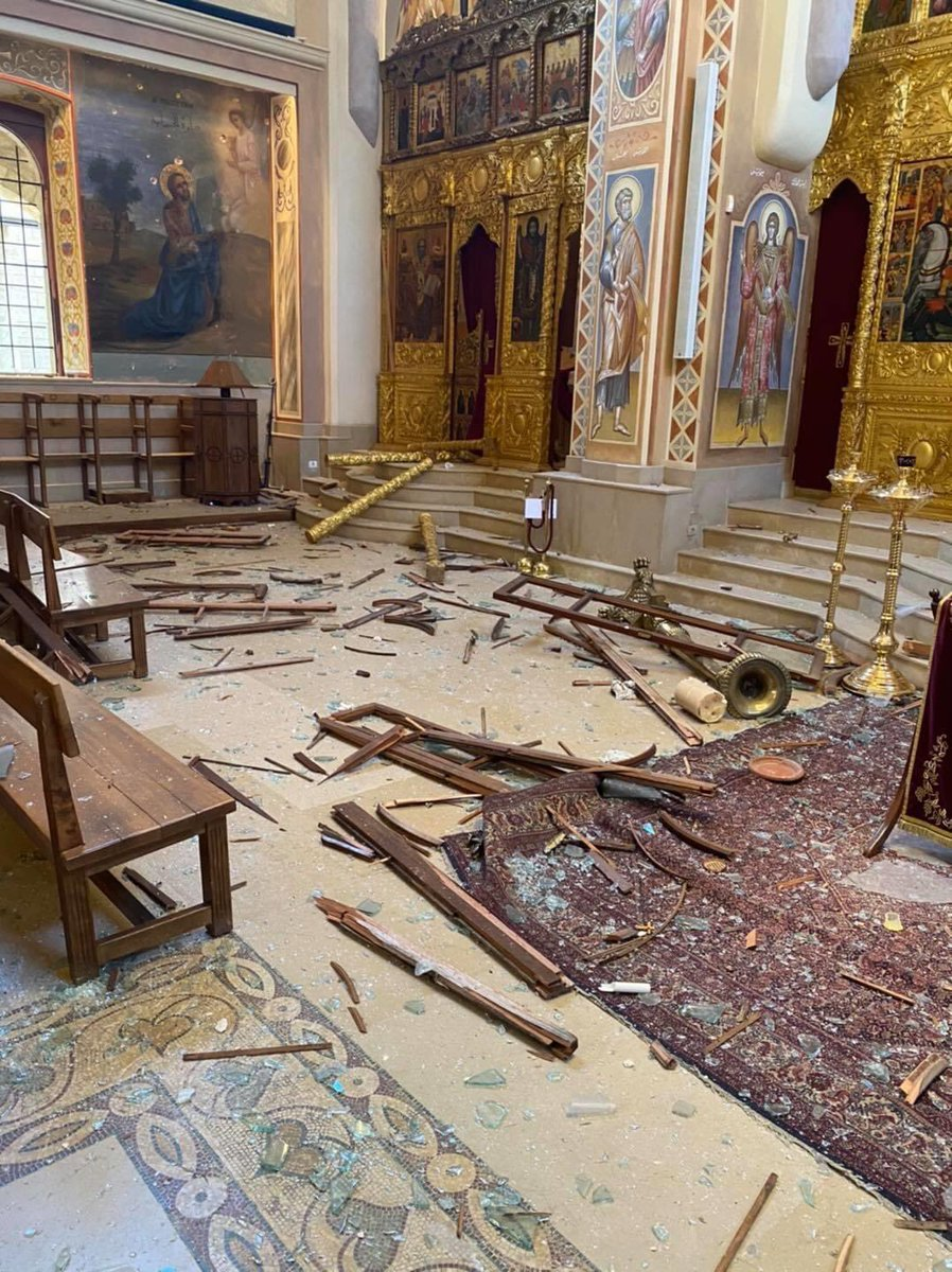A church ⛪️  A mosque 🕌  A synagogue 🕍   All damaged in the Beirut blast.  We will rebuild 🇱🇧