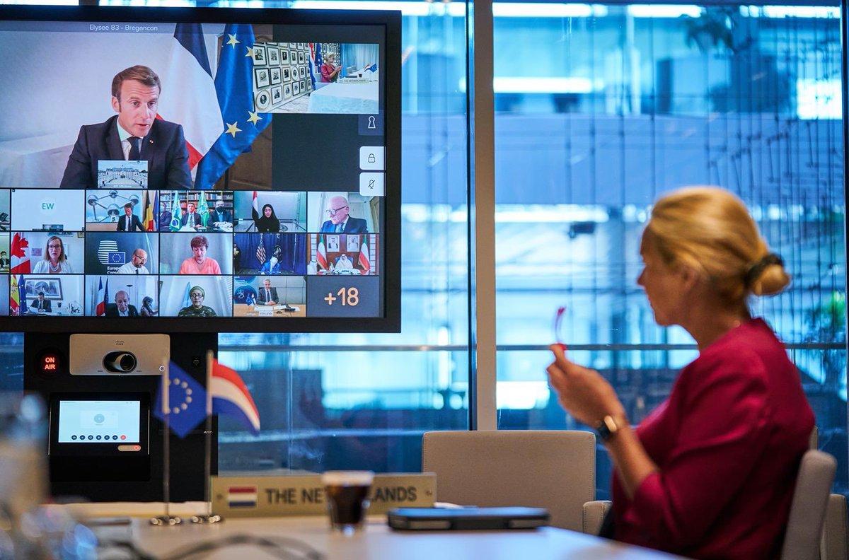 test Twitter Media - Vanmiddag internationaal overleg over #Libanon 🇱🇧.  Nederland had al noodhulp gestuurd, verder kunnen we met experts uit Rotterdam helpen bij herstel van de haven. Dat moet zo snel mogelijk gebeuren. Ook aangedrongen op hervormingen, en onafhankelijk onderzoek naar de explosie. https://t.co/BkzYjV5PWT