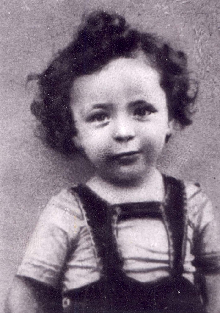 2 August 1937 | Hungarian Jewish boy Miklos Groszberger was born in Budapest.  In 1944 he was deported to #Auschwitz and murdered in a gas chamber.