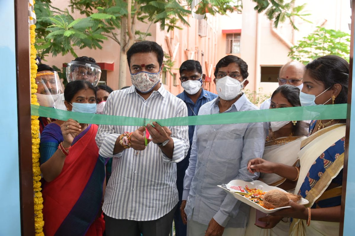 IT Minister and Sircilla MLA Sri @KTRTRS inaugurated a special #COVID ward in Sircilla Government Hospital today.
