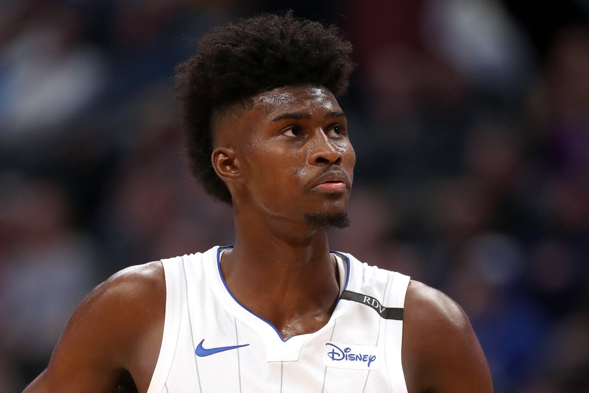 Jonathan Isaac suffered a torn ACL in his left knee vs. the Kings, per @wojespn