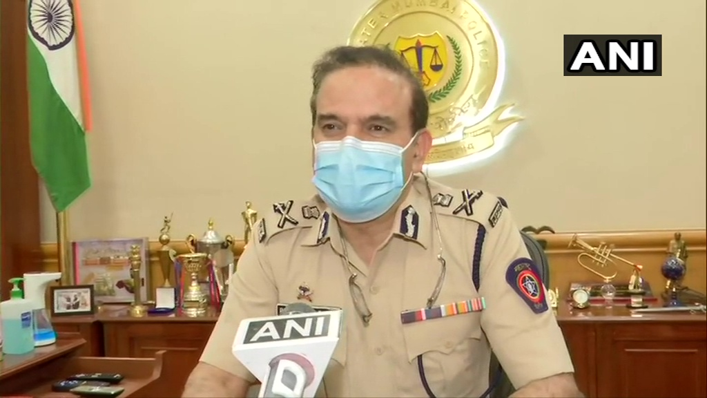 We saw them (Bihar Police) in a big car & then in auto. They didn't ask us for car. They asked for documents of case. We told them it's our jurisdiction. They should share how they're coming in our jurisdiction. We're taking legal opinion to examine it: Mumbai Police Commissioner