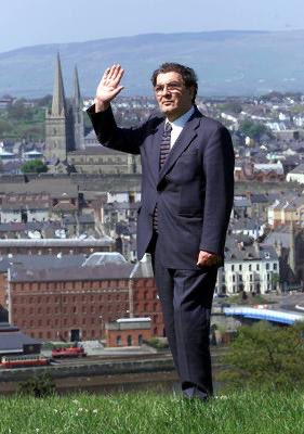 Rest in Peace, John Hume.  The courageous, determined hero who preached peace & made peace happen. A great man.