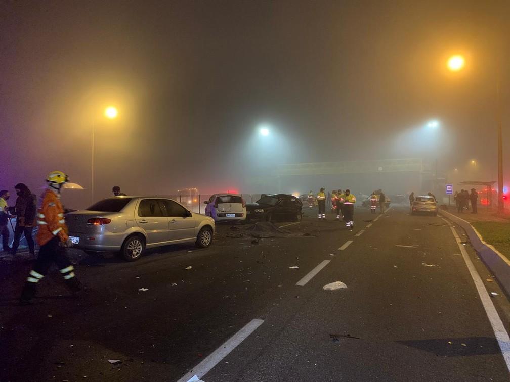 Acidente deixa 8 mortos e mais de 20 feridos na BR-277, em São José dos Pinhais; duas vítimas são identificadas  #G1