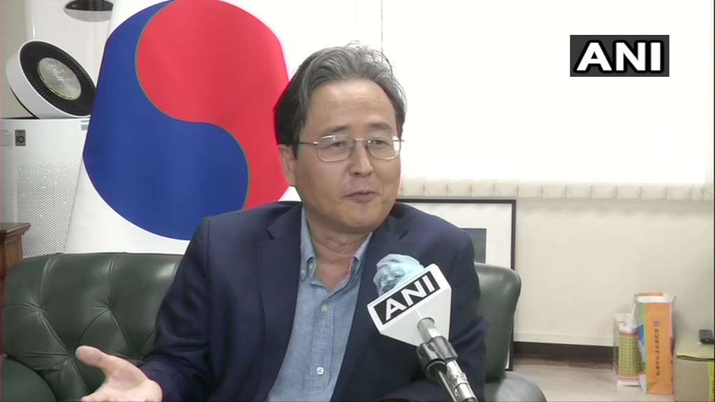 Ayodhya has important relations with Korea. In Korea's ancient history book, it's written that a princess from Ayodhya married a Korean king Kim Suro. In archaeological findings from king's tomb, artefacts belonging to Ayodhya have been found: Shin Bong-kil, South Korean Envoy