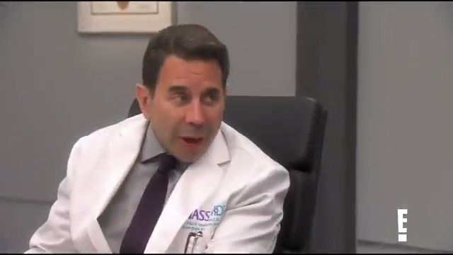 See if Dr. Nassif can perform a m-ear-acle on tonight's all-new #Botched! 😉