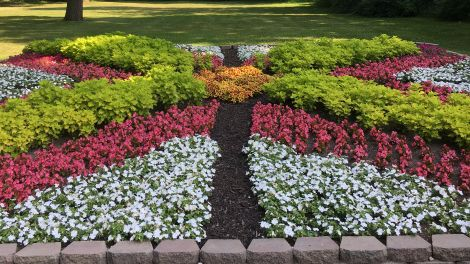Looking for a great way to spend a day in Elkhart County? See what Browsing the Atlas  loves about the Quilt Gardens along the Heritage Trail.  #INElkhartCo #QuiltGardens #MaskUpHoosiers 🌼