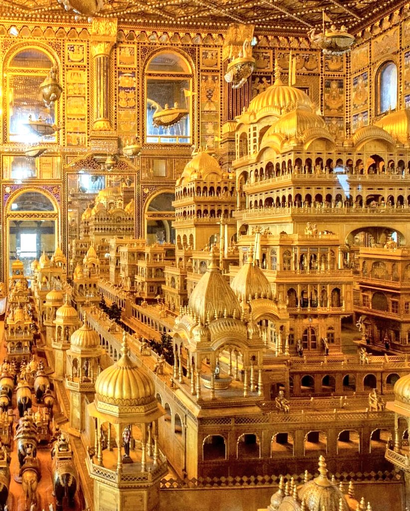 """Gold carving depiction of the """"swarna nagri  Ayodhya"""" at  the Ajmer Jain temple..  More than 1000kg of gold was used to carve out a depiction of glory of  Ayodhya.   The pious land of Ayodhya mark birthplace of   five  tirthankara  including first  tirthankara Rishabnātha"""