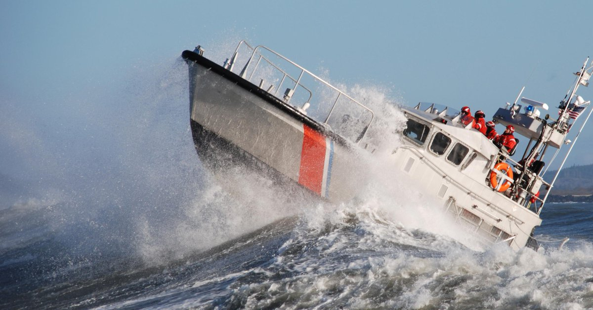 On this day in 1790, Secretary of the Treasury Alexander Hamilton created the Revenue Cutter Service – now known as the @USCG. Today, we celebrate with all current and former Coasties. #HBDCoastGuard #SemperParatus