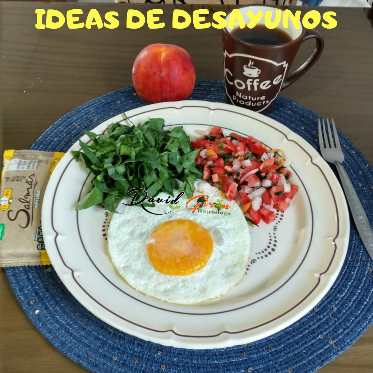 Ideas de desayuno  -Huevito estrellado  (nunca falla) -sandwich de jamón  -platanos rellenos de queso  -calabacitas rellenas de atún