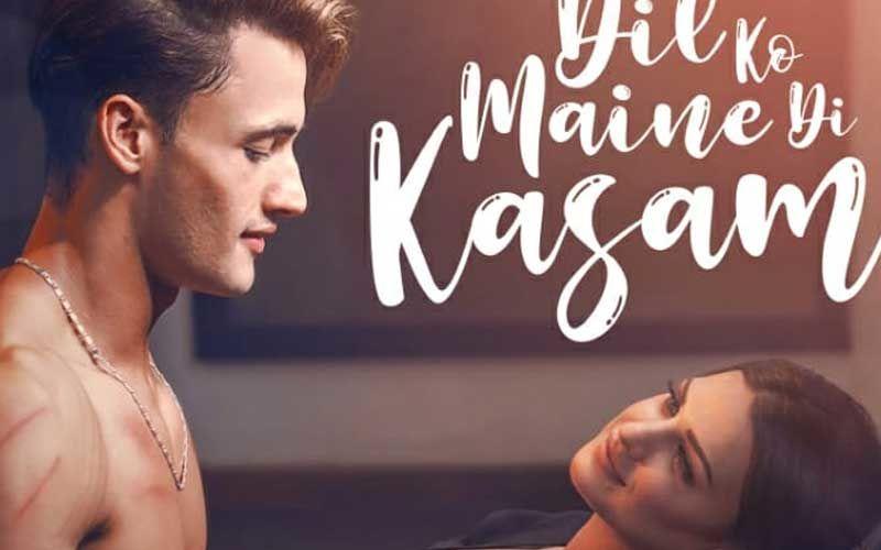 As Bigg Boss 13 lovebirds @imrealasim-@realhimanshi drop new Dil Ko Maine Di Kasam poster, fans trend #DilKoMaineDiKasam #AsiManshi, #AsimRiaz, #HimanshiKhurana #ArijitSingh  #Television | #BiggBoss13   Take a look: