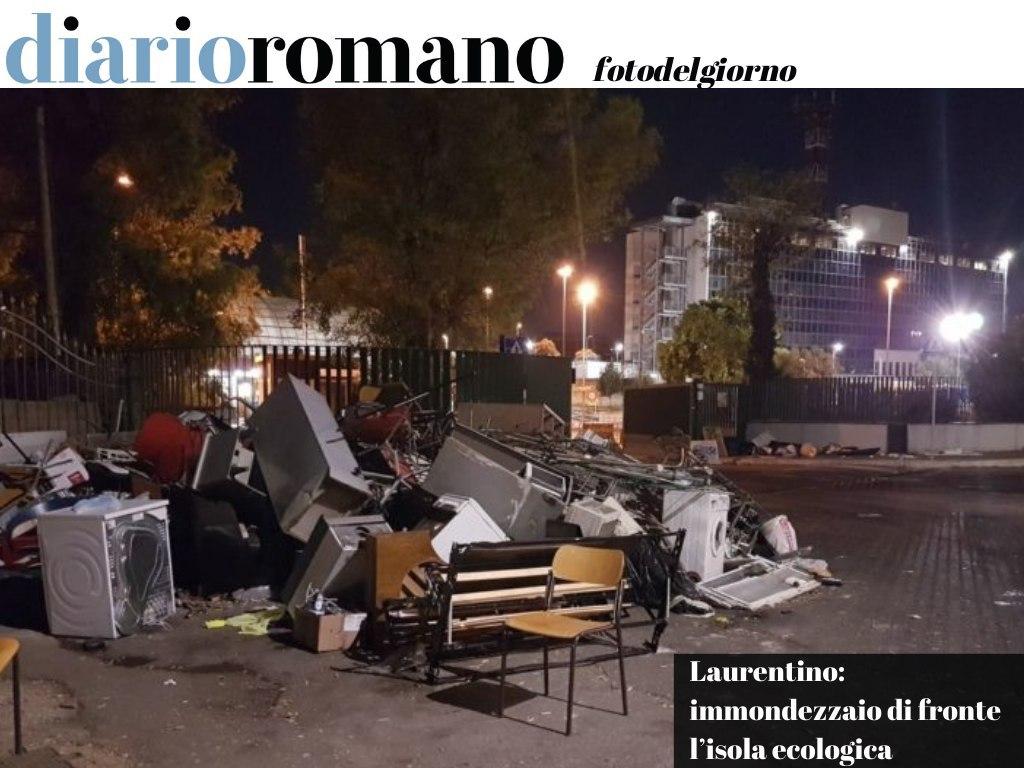 test Twitter Media - Una montagna di rifiuti proprio all'ingresso del Centro #Ama di via Laurentina. Un'immagine indecorosa e senza senso in un luogo sempre presidiato. . #Roma #fotodelgiorno 📸 https://t.co/oyi37fpAIh