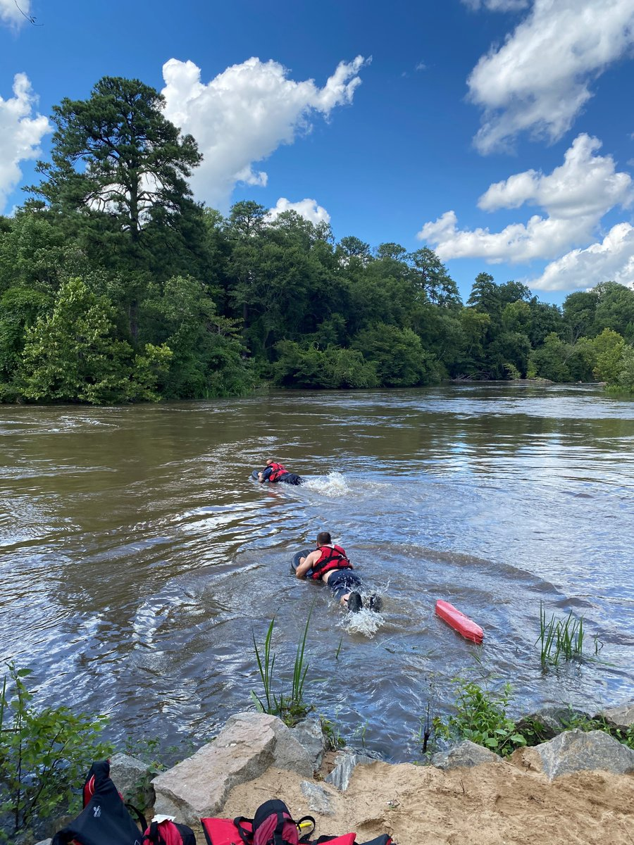 (3) The Petersburg Firefighters and the swimmer were brought to shore safely by boat by the Chesterfield Dive Team.   Petersburg Fire-Rescue entered the water at 3:34pm and the rescue was complete at 3:42pm.