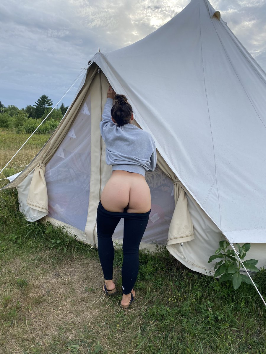 Retweet if you'd come camping with dat ass 😘😘