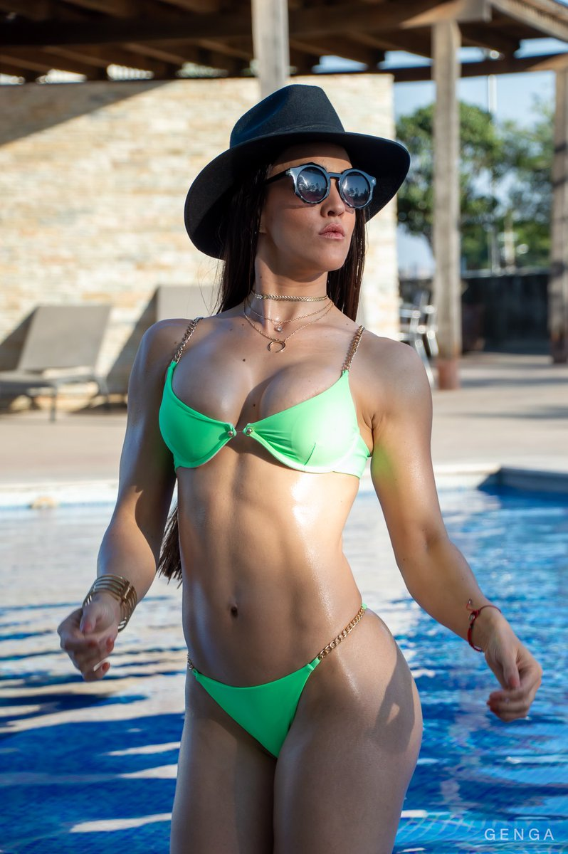 Bikini verde chiquito 😉😋😘 #miércoles #wednesdaymorning #bikini #thong #hot