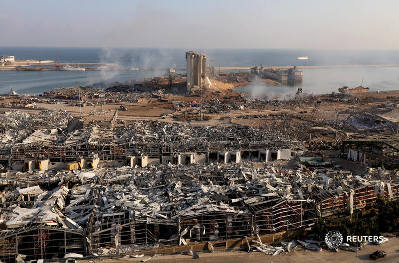 What is ammonium nitrate and why is it dangerous?  A massive warehouse explosion in Beirut killed at least 100 people and injured nearly 4,000. Lebanese President Michel Aoun said 2,750 tons of ammonium nitrate had been stored for six years at the port  1/4