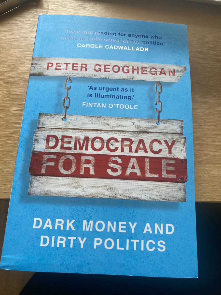 My new book Democracy for Sale: Dark Money and Dirty Politics is out today!   What started as a phone call with @AdamRamsay in early 2017 has become an actual book. Can't quite believe it. (To celebrate here's a wee thread)