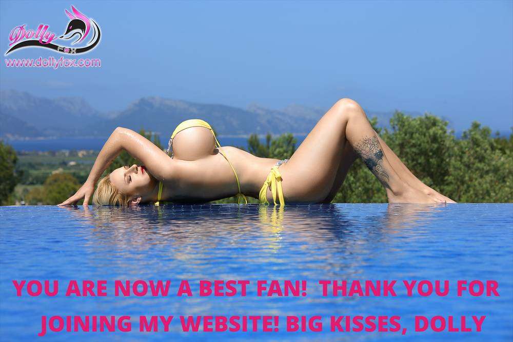Woohoo! I've just got a new best fan that signed up to my website. Thank you to another amazing person! You should join too and be part of my exclusive #dollyfox club
