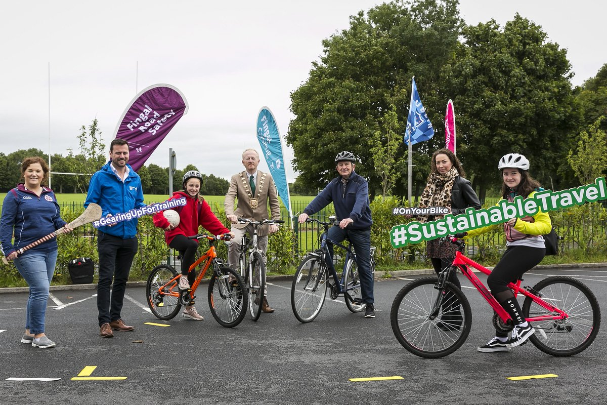 """test Twitter Media - Mayor of Fingal @davidhealyv launched the Fingal Road Safety Section """"Gearing up for Training"""" initiative for clubs in Fingal with Irish Centre for Cycling at @StFiniansSwords to provide children with the skills to cycle to training with confidence. Info: https://t.co/99gC2E8uyy https://t.co/3LFwlIRf2B"""