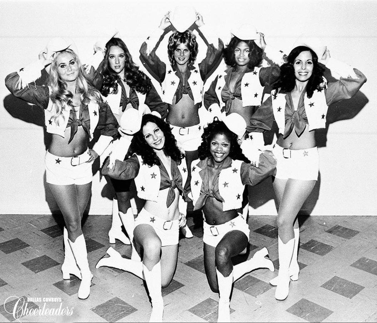 Did you know that the iconic #DCCheerleaders uniform was designed by Paula Van Wagoner in 1️⃣9️⃣7️⃣2️⃣? #TBT