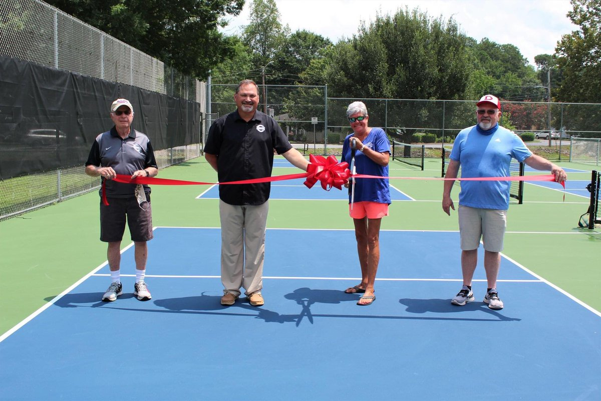 We are excited to announce we now have 6 Pickleball courts at Brookwood Park! For questions regarding Pickleball, feel free to contact Michel Bates at 770-773-0419