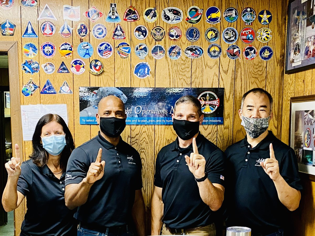 test Twitter Media - #CrewDragon #Crew1 team showed up at #NASA El Paso base ops. All for one, one for #ElPasoStrong https://t.co/yTsLMCiz2h