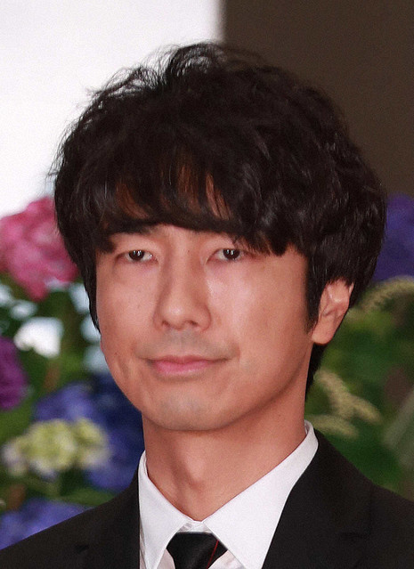test ツイッターメディア - 【スポニチ報道】俳優・眞島秀和が新型コロナ感染 https://t.co/iiKy8dvwkF  7日に陽性が確認されたが、現在は平熱に戻り、食欲も回復。細川藤孝役で『麒麟がくる』に出演中だが、7日の撮影には参加していないという。 https://t.co/VYEpazFkZw