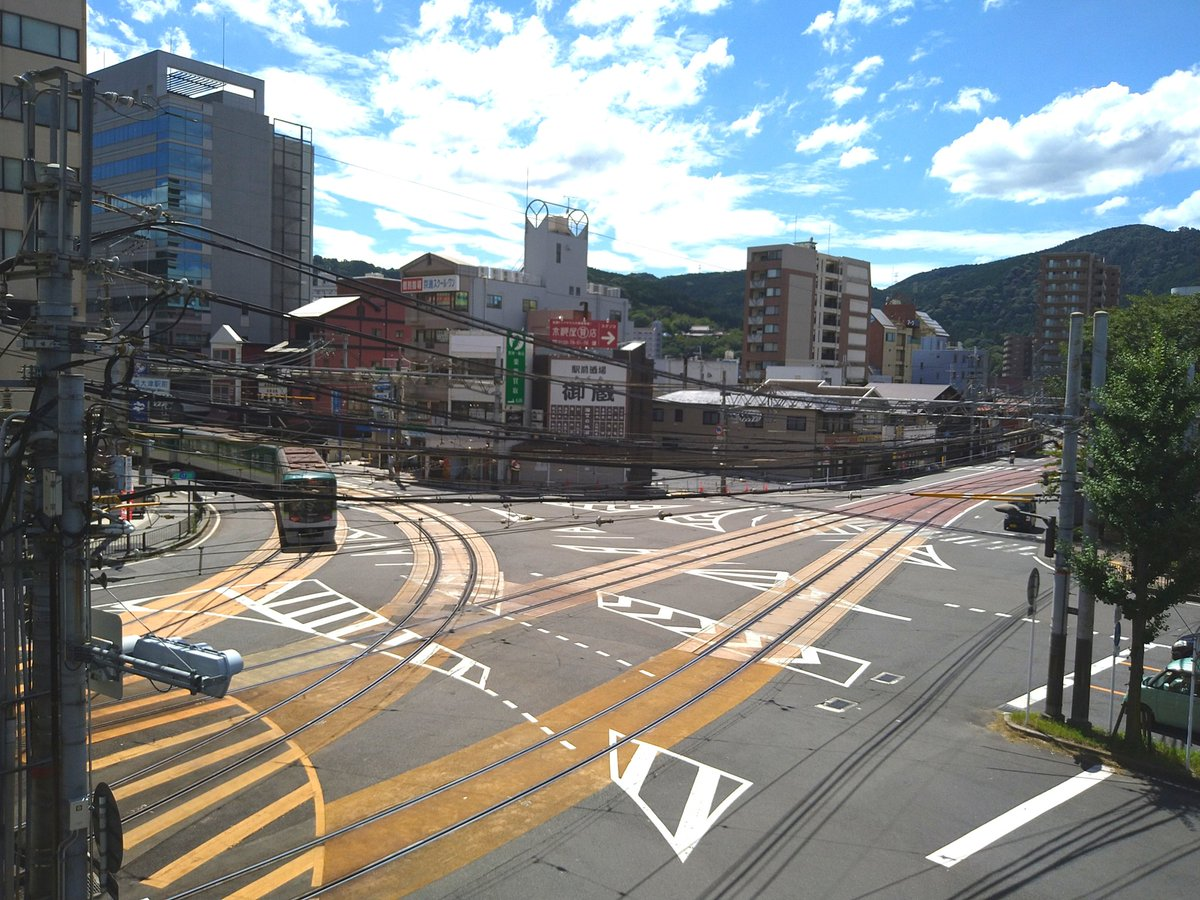 test ツイッターメディア - 今日初めて、京阪山科〜びわこ浜大津まで京阪電車乗ってみました。  まるで登山電車❗  そしてびわこ浜大津駅の手前から路面電車状態になるんですね。これびっくり❗ https://t.co/Gvts7BsztL